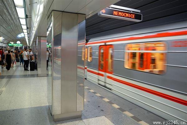 日本大阪地铁即将开通二维码支付:支持支付宝和微信